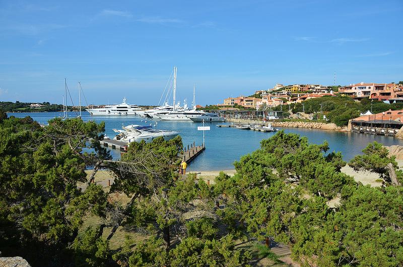 La maddalena vacanze consigli pratici abbatoggia village for Isola che da il nome a un golfo della sardegna